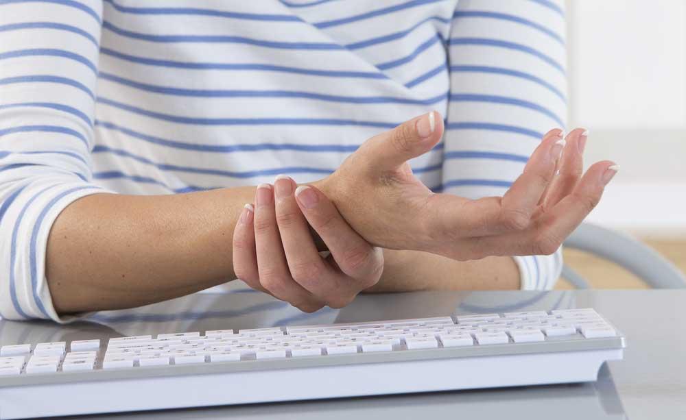 Viêm khớp dạng thấp là gì? Nguyên nhân, triệu chứng và cách chữa trị