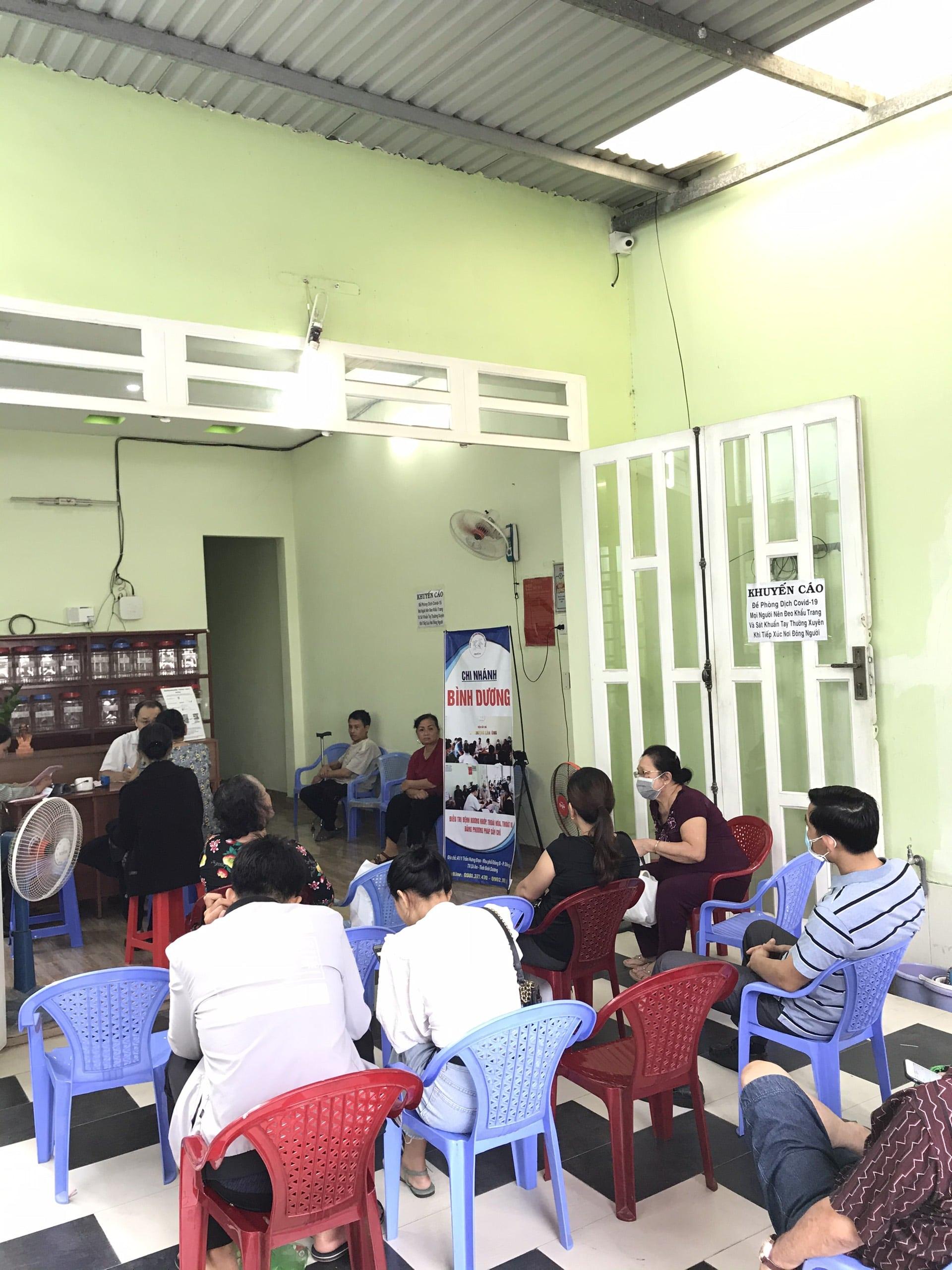 VTV8 | Ths.Bs Ngô Quang Hùng – Người Ứng Dụng Thành Công Cấy Chỉ Catgut Vào Điều Trị Bệnh Xương Khớp
